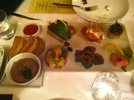 See how beautiful the meze platter was?  That's the pate with toasts and tomato marmalade at left.  Then, clockwise from the upper left corner are stuffed grape leaves, honey squash with feta dressing and walnuts,